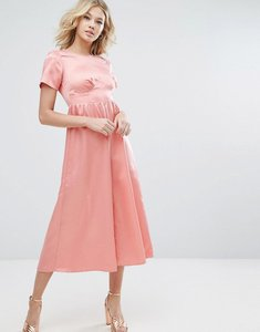 Read more about Asos tea jumpsuit in matte satin - pink