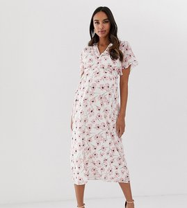 Read more about Queen bee wrap front maxi dress with thigh split in pink floral print