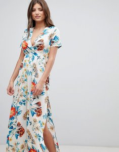 Read more about Prettylittlething v neck floral maxi dress - white