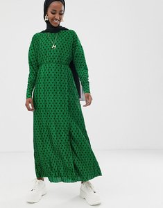 Read more about Asos design maxi plisse dress in green spot