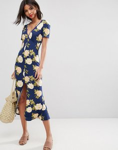 Read more about Asos city maxi tea dress with v neck and button detail in blue floral print - blue floral