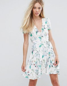 Read more about Oh my love printed tea dress - spring floral