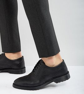 Read more about Asos wide fit brogue shoes in black leather with ribbed sole - black