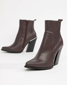 Read more about Asos design premium leather elka western ankle boots - burg leather