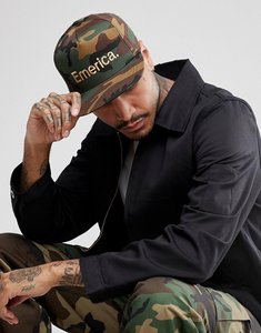 Read more about Emerica pure snapback cap in camo - green