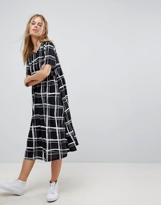Read more about Asos ultimate midi smock dress in mono check print - mono check print
