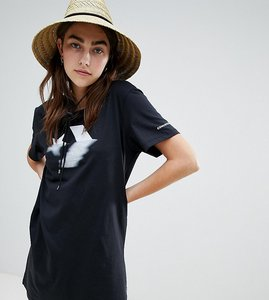 Read more about Converse star chevron t-shirt dress in black - black