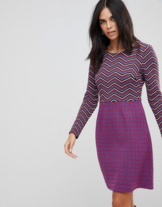 Read more about Traffic people textured 2-in-1 dress in mixed print - black red