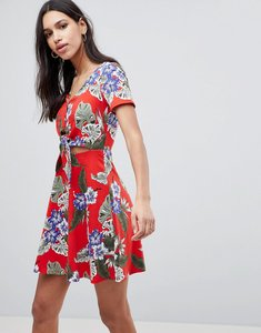 Read more about Asos skater sundress with button front and tie knot in hawaiian print - red hawaiian