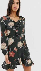 Read more about Ax paris long sleeve dress in green floral