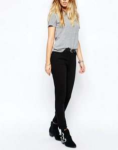 Read more about Levi s 721 high waist skinny jean
