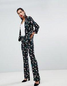 Read more about Morgan allover floral cigarette trouser