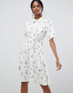 Read more about Liquorish cactus print midi dress - white