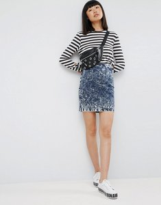 Read more about Asos denim mini skirt in blue acid wash - blue