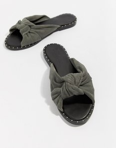 Read more about Asos design flyer suede knot mules - grey
