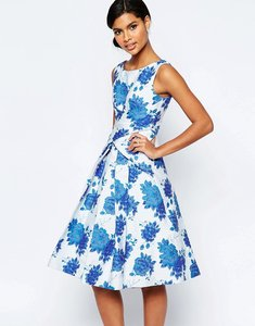 Read more about Asos blue rose folded midi prom dress - blue
