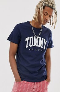 Read more about Tommy jeans essential college chest logo t-shirt in navy
