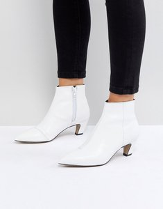 Read more about Asos reanne leather kitten heel boots - white leather