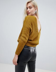 Read more about Asos design chunky jumper with v back - olive