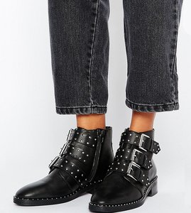 Read more about Asos asher leather studded ankle boots - black