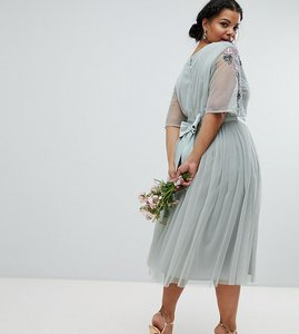 Read more about Maya plus embellished tulle sleeve midi tulle dress - green lily