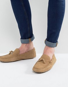 Read more about Asos driving shoes in stone suede with tassel - stone