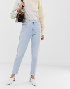 Read more about Mango mom jeans in light blue