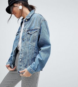 Read more about Asos design tall denim girlfriend jacket in midwash blue - midwash blue
