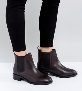 Read more about Asos absolute wide fit leather chelsea ankle boots - oxblood