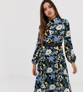 Read more about Boohoo exclusive open back lace insert midi dress in black floral