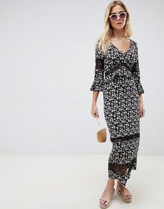 Read more about Asos design city maxi tea dress with lace inserts in ditsy print - floral print