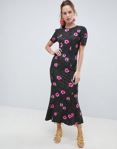 Read more about Asos design city maxi tea dress in mono spot floral - mono floral