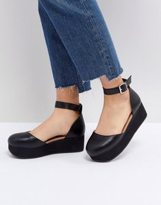 Read more about Asos tabbi flatform shoes - black