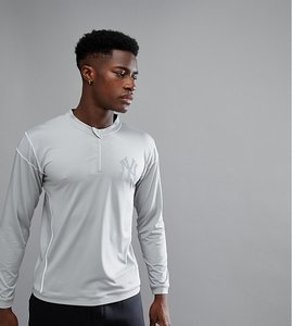 Read more about Majestic sport new york yankees long sleeve t-shirt with zip - grey