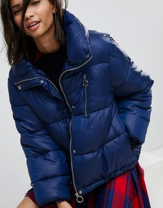 Read more about Stradivarius puffer jacket with zip detail and detachable hood - blue