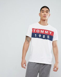 Read more about Tommy jeans 1985 logo t-shirt in white - classic white