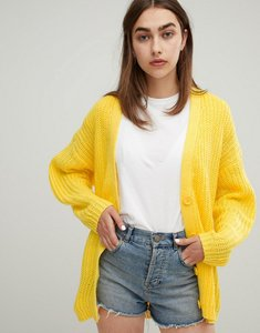 Read more about Asos design oversize cardigan in chunky rib with buttons - yellow