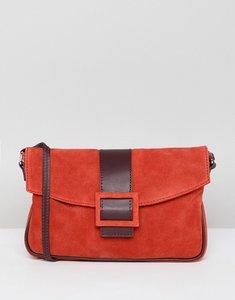 Read more about Asos design suede 90s shoulder bag - red