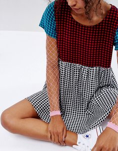 Read more about Asos oversized fishnet sleeves in bright pink - bright pink