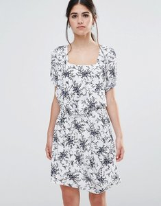 Read more about Traffic people less is less dress in spring floral dress - white navy