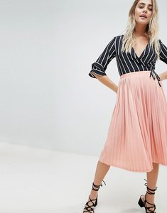 Read more about Missguided pleated midi skirt - pink