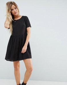 Read more about Asos casual mini smock dress in grid texture - black