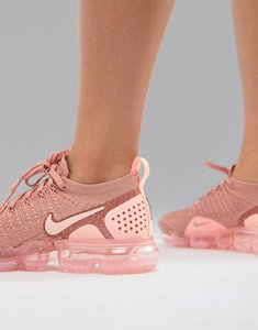 Read more about Nike running vapormax flyknit trainers in pink - pink