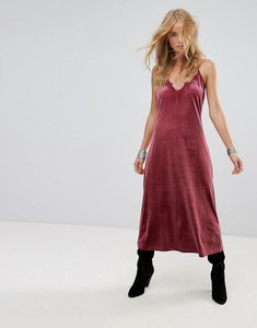 Read more about Wyldr moon night velvet midi dress with v neckline and lace trim insert - pink