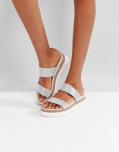 Read more about Freepeople fem flatform sandal - silver