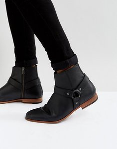 Read more about Asos chelsea boots in black leather with metal buckle detail - black
