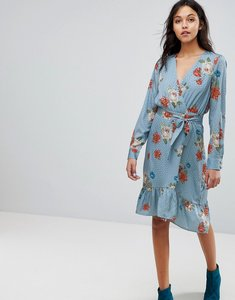 Read more about Gestuz floral printed wrap dress - light blue flower