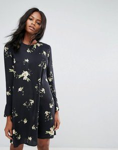 Read more about Y a s floral long sleeve shift dress - flower aop