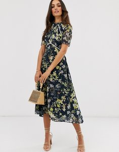 Read more about Hope and ivy midi dress with open back in black based floral print