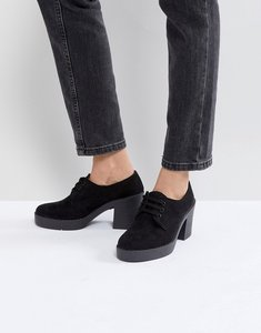 Read more about Asos trident lace up shoes - black